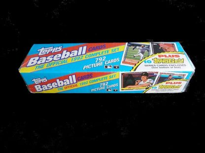 Collectible Topps Baseball Trading Cards: Offical 1992 Complete Set