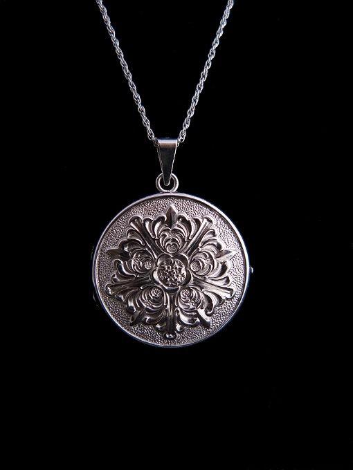 Vintage ELKA Sterling Silver Locket Necklace