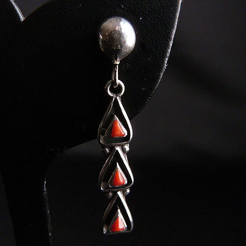 Native American Red Coral Silver Tone Dangle Pierced Earrings