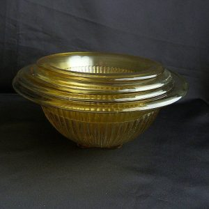 Federal Glass Golden Glow, Vertical Ribbed set of 5 Nesting Bowls