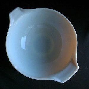 Pyrex Butterfly Gold 4 Quart Bowl